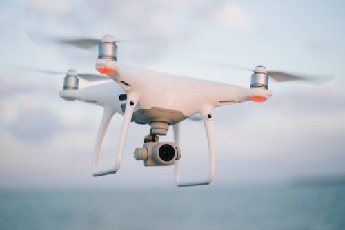 Free image https://www.pexels.com/photo/quadcopter-flying-on-the-skey-1034812/